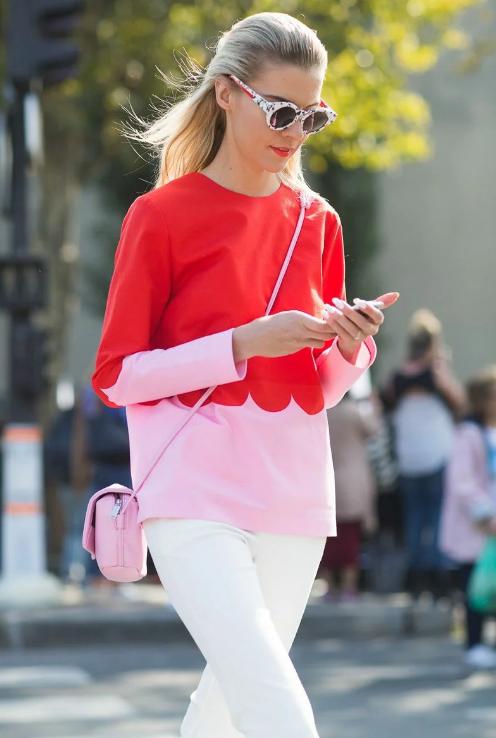 сочетание красного и розового в одежде