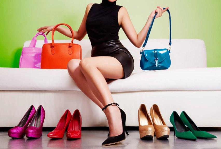 женские туфли и сумка