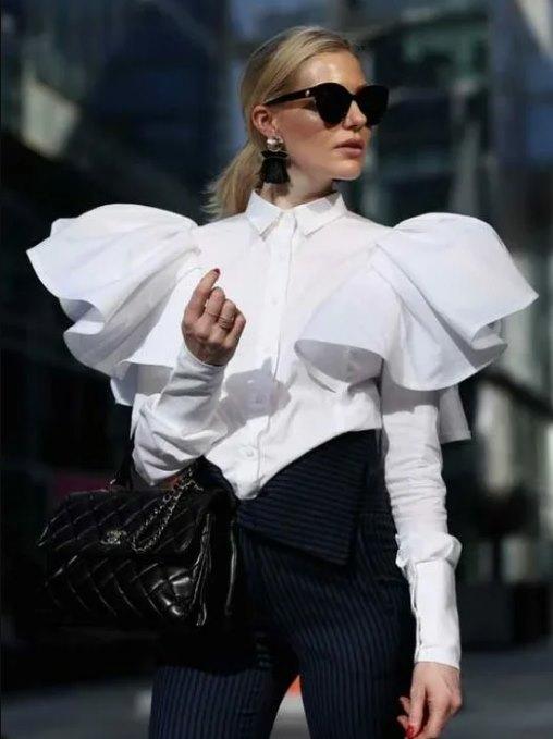 широкие плечи - модная тенденция 2021 года