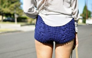 вязаные шорты - мода сезона