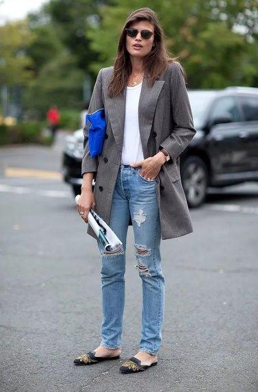 майка с пиджаком и джинсами
