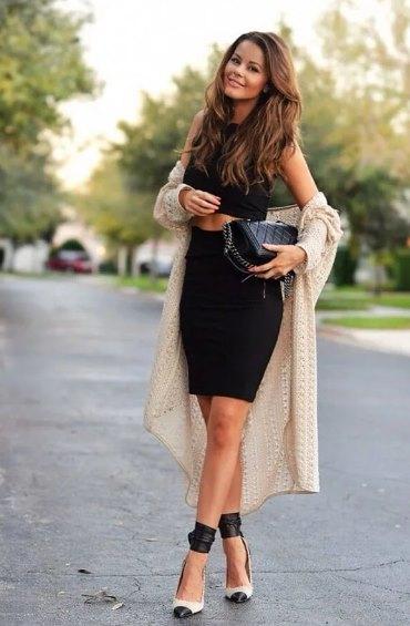 черное платье с кардиганом