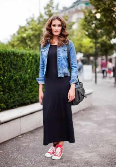 спортивное платье с джинсовкой