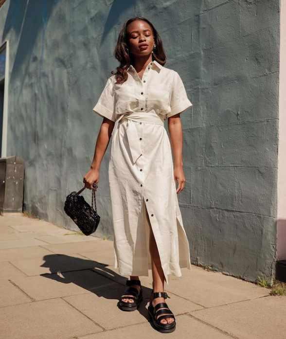модный летний образ с сандалиями