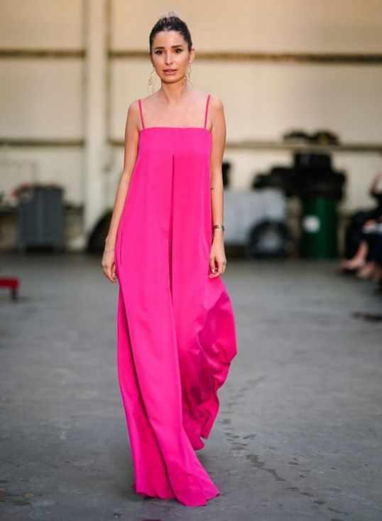 модное розовое платье