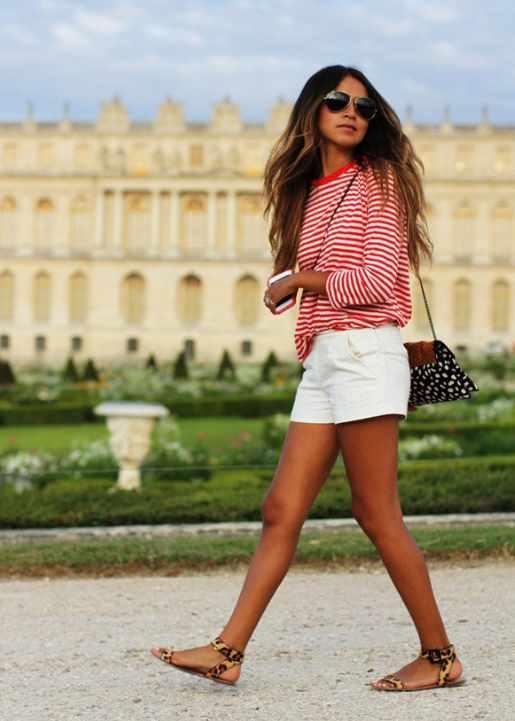 бретонская полоска и белые шорты