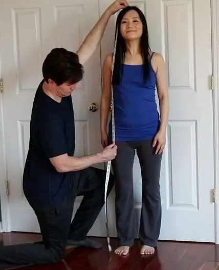 длинный торс и короткие ноги